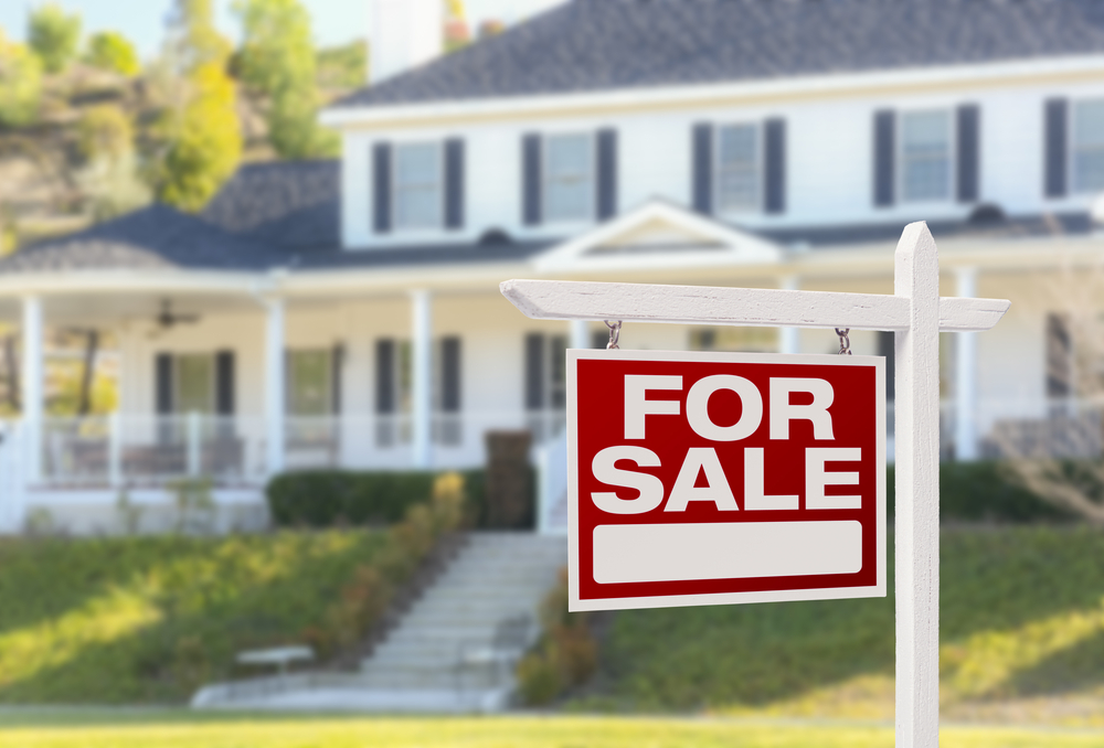Questions to ask yourself before selling your home during a divorce