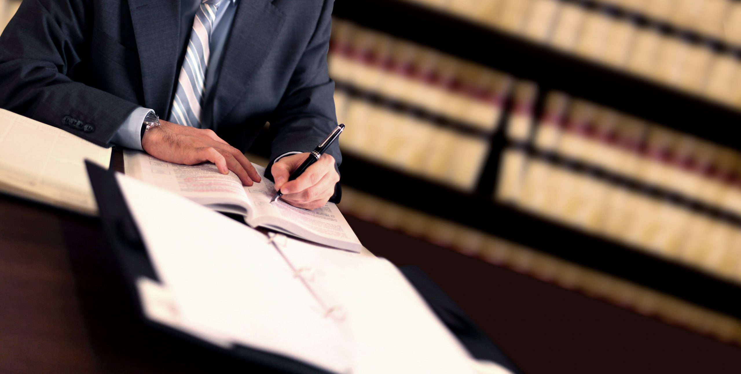 What Does a Business Attorney Do? Washington DC Legal Article Featured Image by Antonoplos & Associates